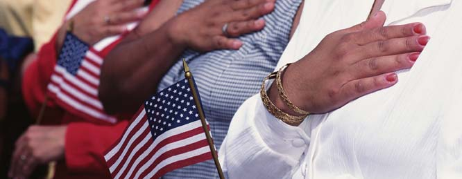 Becoming a U.S. Citizen Becoming a U.S. citizen gives permanent residents new rights and privileges.