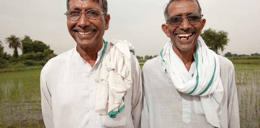 case study: model vision Photo: Toti and Omprakash, (Credit: Esther Havens Photography) Toti and Omprakash s vision had been deteriorating, to the extent that their last crop was lost because they