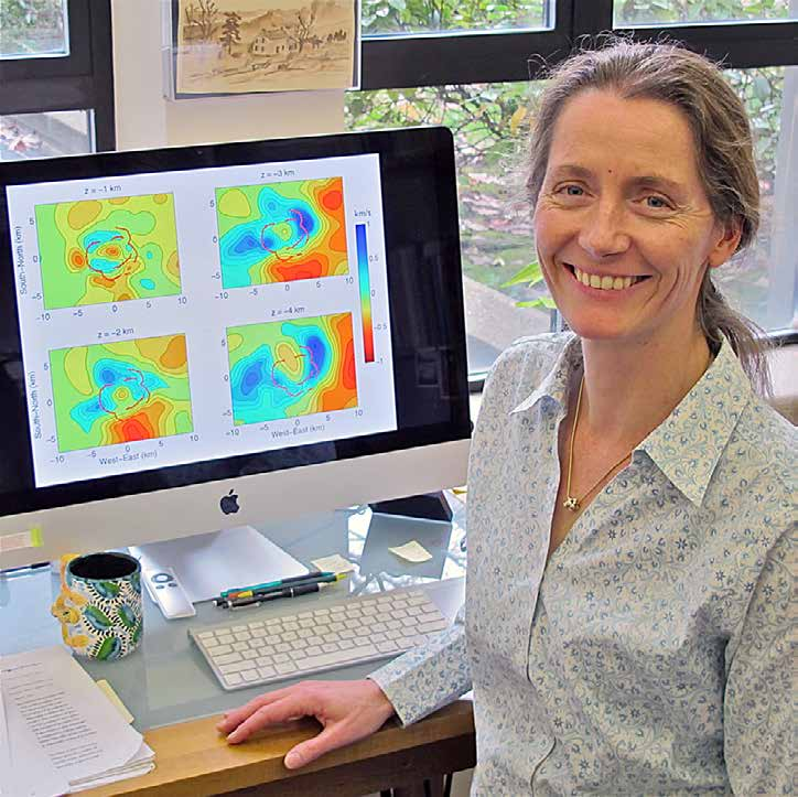 Emilie Hooft Associate Professor, Department of Geological Sciences, University of Oregon, Eugene, OR, USA, emilie@uoregon.edu I just received tenure this fall and am now associate professor!