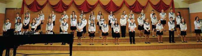 This choir regularly performs at school events, and endeavours to build a strong foundation for the high level choral singing culture for which the school s older ensembles are internationally known