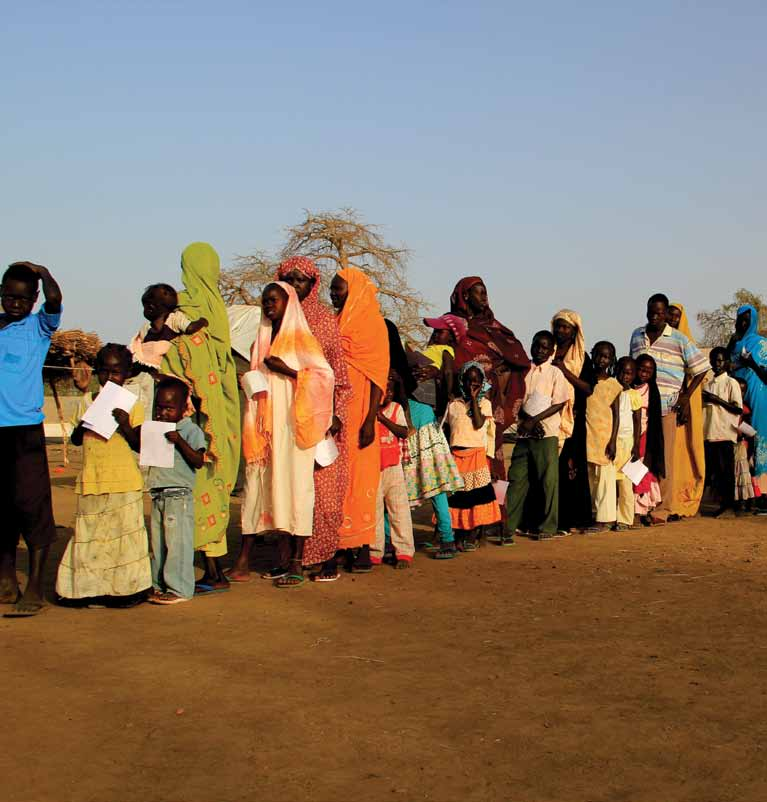 People lining up to be vaccinated against cholera. Maban, South Sudan. Maban county is an isolated region close to the new border with Sudan.