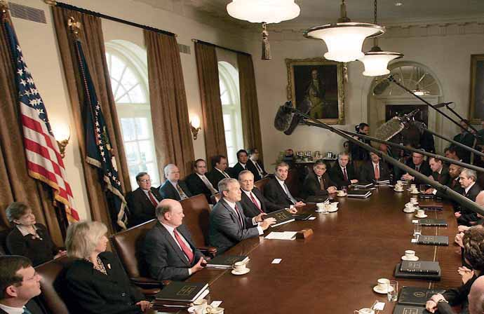 President Bush chairs a cabinet meeting, November, 2004. THE EXECUTIVE BRANCH The Executive Branch is by far the largest branch of the federal government.