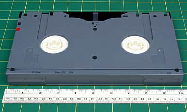 TAPE VARIATIONS AND/OR IDENTIFYING FEATURES Tape cassettes are light gray blue (Sony and Maxell) and are generally labeled as Digital Betacam in the upper right-hand corner, and 'for Digital' in the