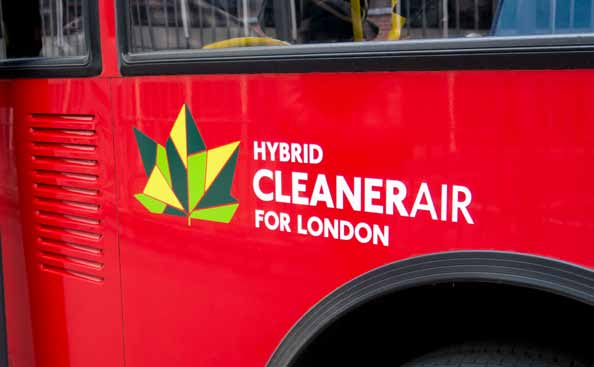 SPOTLIGHT Bus engine cleaning programme TfL is reducing emissions from London s bus fleet. This will improve air quality and benefit health.