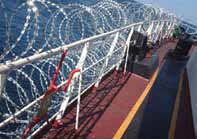 It is recommended that warning signs of the electrified fence or barrier are displayed - inward facing in