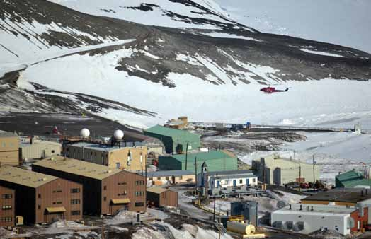 U.S. Antarctic Program Participant Guide, 2014-2016 Chapter 6: Living and Working at USAP Facilities Chapter 6: Living and Working at U.S. Antarctic Program Facilities McMurdo is the largest U.S. Antarctic Program station.