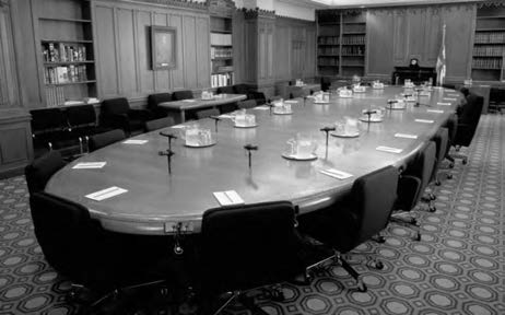 How Canadians Govern Themselves Photo: Library of Parliament/Doug Millar Cabinet meets around this oval table. can be made members simply as a mark of honour.