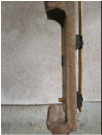 boring bit, - a hammer, - a screw driver, - a knife, - a small piece of an arrow shaft, Drill a hole in the riser just above the arrow rest using the 8 mm boring bit, as shown in illustration 7.1.