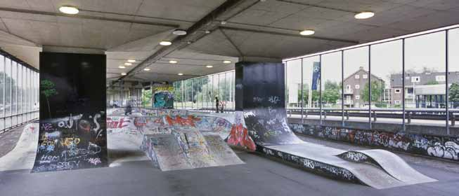 Qualities under the Bridge Many different activities take place in the urban space in places that were originally designed for a different purpose, for example playing ball against a wall, skate