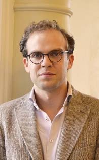 Citi GPS: Global Perspectives & Solutions February 2015 Carl Benedikt Frey is Co-Director for the Oxford Martin Programme on Technology and Employment and Oxford Martin Citi Fellow.