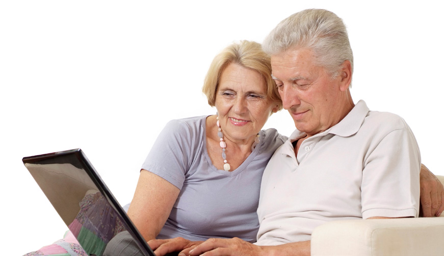 Senior Housing Shoppers Turn to the Internet to Aid Their Research 75% of senior home buyers go online to search for a home 39% of senior home buyers began their research online 30% of senior home