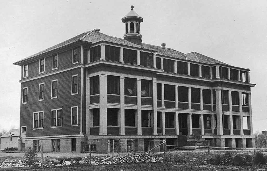 School Days: The Residential School Experience 37 In 1924 an Indian Agent in northern Manitoba said that a boy at the Mackay school in The Pas had been beaten black from neck to his buttocks.