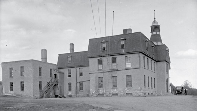 School Days: The Residential School Experience 41 In the 1940s parents in Saskatchewan refused to send their children to the Brandon school because they felt their children were being mistreated at