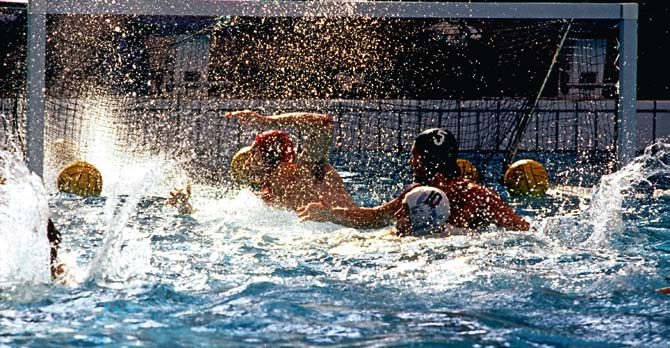 European Water Polo CHAMPIONSHIPS Past and Present Results A goalmouth scramble during the 2008 European Men s Championships in Malaga (Photo: Giorgio Scala) Contents: European Water Polo Results -