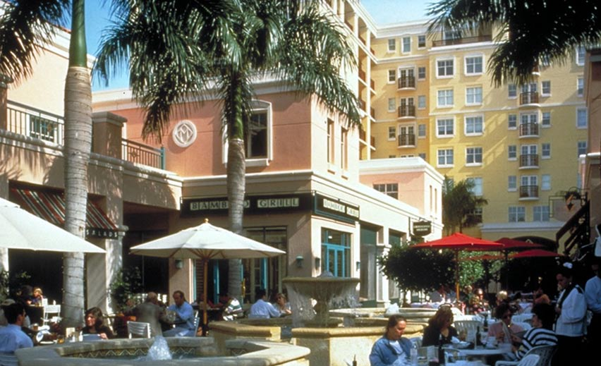Mizner Park Boca Raton, Florida Mixed-use, multi-story development anchored by arts museum and central civic plaza Description Mizner Park was one of the first large-scale mall conversions in the
