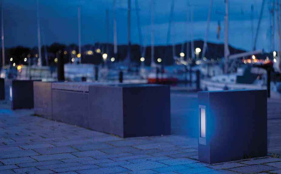 SVO200 / SVL200 SERIES Steplights, diffused distribution. IP55, Class I. IK10. Marine-grade die-cast aluminium alloy. 5CE superior corrosion protection including PCS hardware.