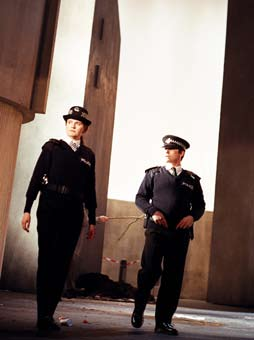 It s costume supervisor, Janet Bench, summoning him to another fitting.) Hi Janet. Yeah alright. I m coming.