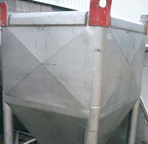 7. Specifying Pickling and Passivation Tank immersion, spray pickling and nitric acid passivation treatments should be entrusted to competent fabricators or stainless steel finishing specialists.