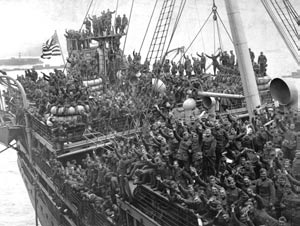AMERICAN MILITARY HISTORY Troops Arriving Home from France, 1919 Demobilization Planning for demobilization had begun less than a month before the Armistice, since few in the United States had
