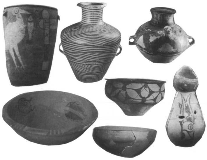 KWANG-CHIH CHANG Figure 1.4. Painted pottery vessels of the Yangshao culture. Photographs reproduced by permission of Wenwu Press.
