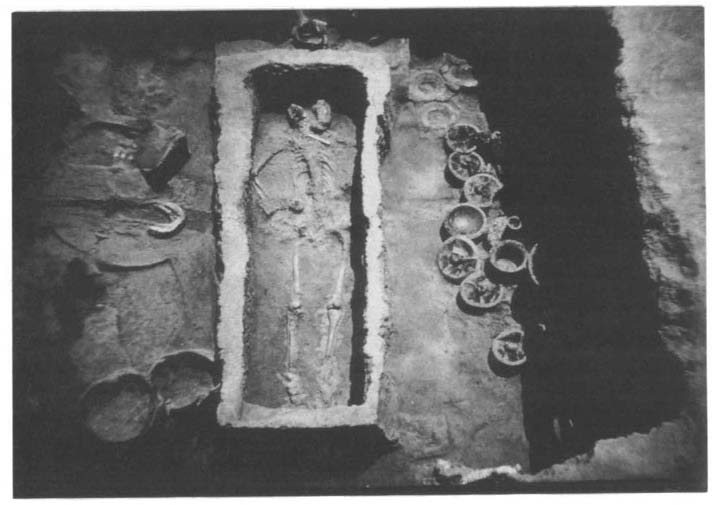"CHINA ON THE EVE OF THE HISTORICAL PERIOD 6l Figure 1.7. A ""large grave"" in the Taosi cemetery, Xiangfen, Shanxi, a Longshan culture site."