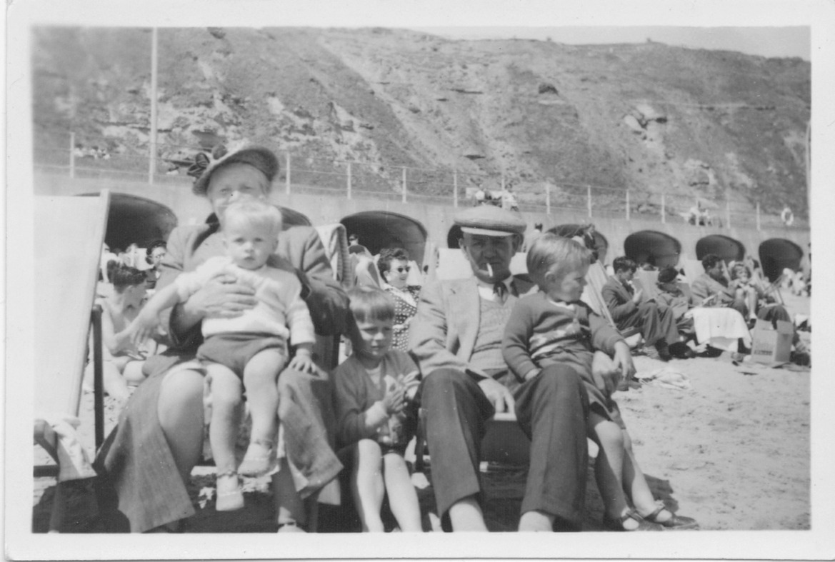 Albert James and Alice Maud with boys on day trip to