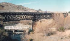 Otago Central Rail Trail benefits cyclists and the local economy The popular Otago Central Rail Trail runs 150 kilometres from Middlemarch to Clyde, over viaducts and causeways, through cuttings,