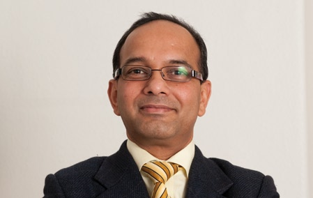 Savings thanks to wireless connectivity Westküstenklinikum, Heide, Germany Our goal is to keep patients here for as short a time as necessary says Humayaun Kabir, Chief Information Officer at the