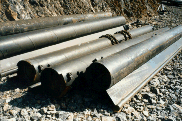 Trashracks can be either bolted to the support frame with stainless steel bolts or slid into vertical slots, to be removed and replaced by stoplogs when closure for