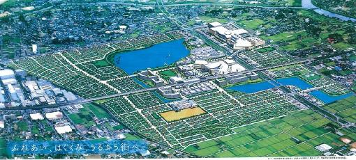 4 KEY TOPIC: KOSHIGAYA LAKE TOWN 1 1) Overall Description of Koshigaya Lake Town Koshigaya Lake Town Project (land readjustment project) commenced by Urban Renaissance in 1999 and partly opened in