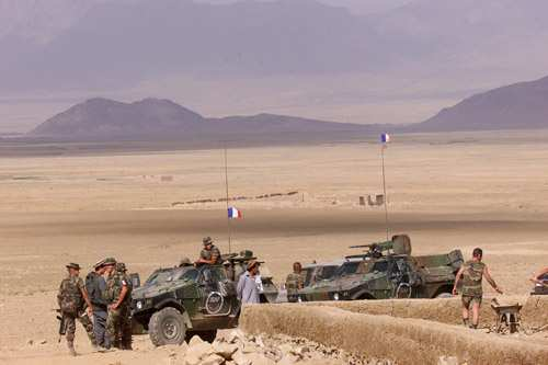 - France is directly responsible for the most difficult sectors in the Kabul region, such as Surobi, on the strategic axis leading to Pakistan, which commands access to the capital, includes the