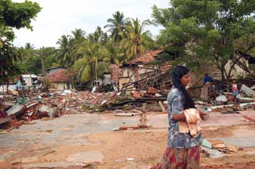 49 In the aftermath of the tsunami of 26 December 2004. Destroyed homes in Galle.