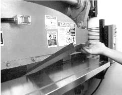 Power Press Brakes Power press brakes are similar to mechanical power presses in that they use vertical reciprocating motion and are used for repetitive tasks.