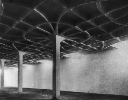 PLASTER IN ARCHITECTURE 41 9 Gatti Wool Factory, Rome, Pier Luigi Nervi Another characteristic beginning to emerge in the middle of the twentieth century is a special concern with the observer s