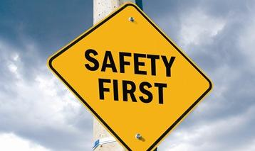 Health IT and Safety Considerations Software & Hardware