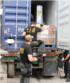 l EXPORT ENFORCEMENT l INTRODUCTION False Statements OEE Special Agents conducting an inspection.