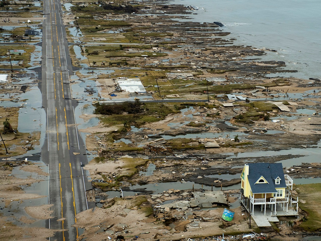 INTRODUCTION TO STORM SURGE Introduction to Storm Surge BOLIVAR PENINSULA IN TEXAS AFTER HURRICANE IKE (2008) What is Storm Surge?