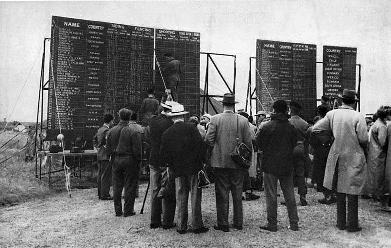 The portable Scoreboard, seen here on the third day, was always a centre of interest.