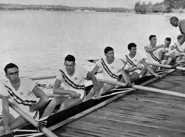 Canadian crew receiving their Silver