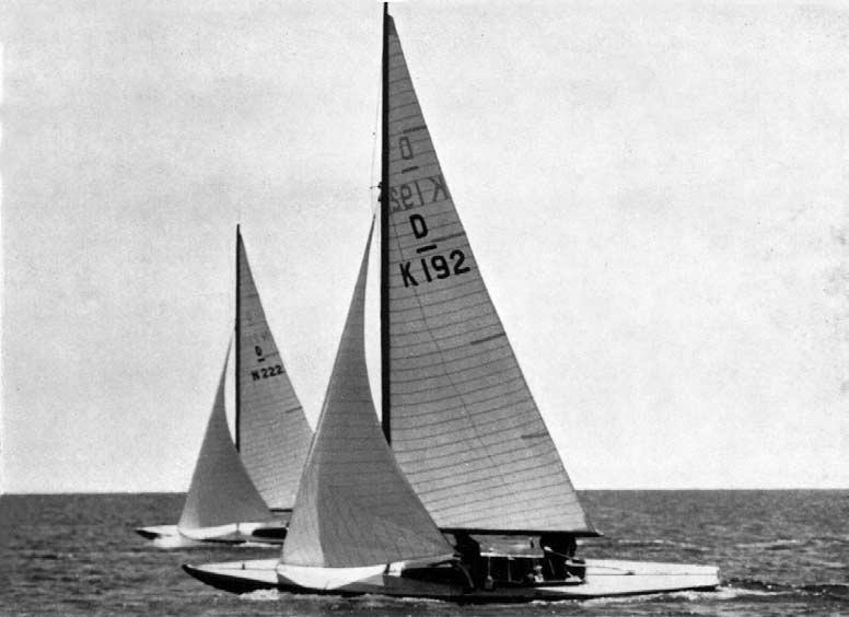 Bluebottle (K 9) owned jointly by Her Majesty the Queen and H.R.H. the Duke of Edinburgh and the Norwegian yacht Pan II (N ), competing in the Dragon class.