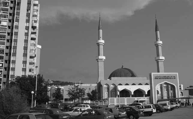 342 Mosques in Europe: Why a solution has become a problem The King Fahd mosque and the Islamic Center in Sarajevo Built to promote the intercultural exchange between the Kingdom of Saudi Arabia and