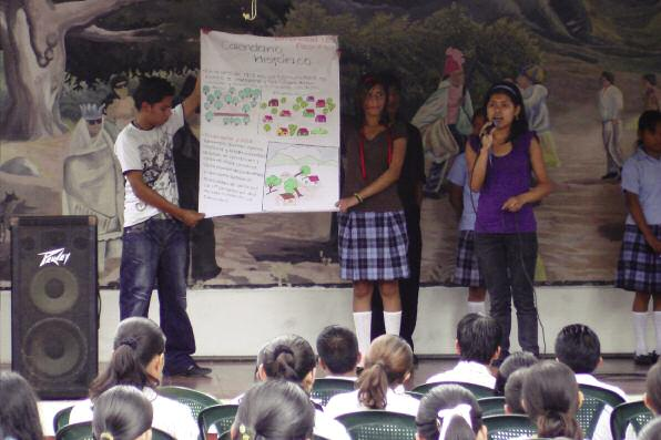 Case Study 1: Hyogo framework Priority Area (1) governance el SALvADoR SCHooLBoy BeComeS DRR CommUnITy LeADeR The first priority area of the Hyogo Framework for Action states that in order for DRR to