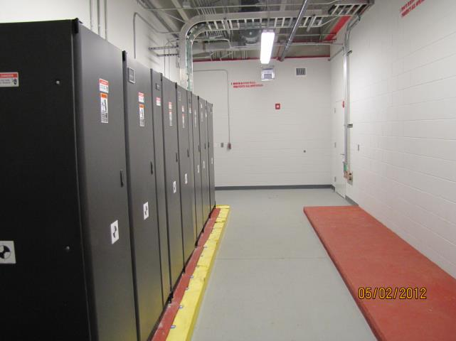 Level 4: Functional Testing 51 UPS and STS Equipment: Test individual modules Inverter/Bypass Maint Bypass Battery discharge