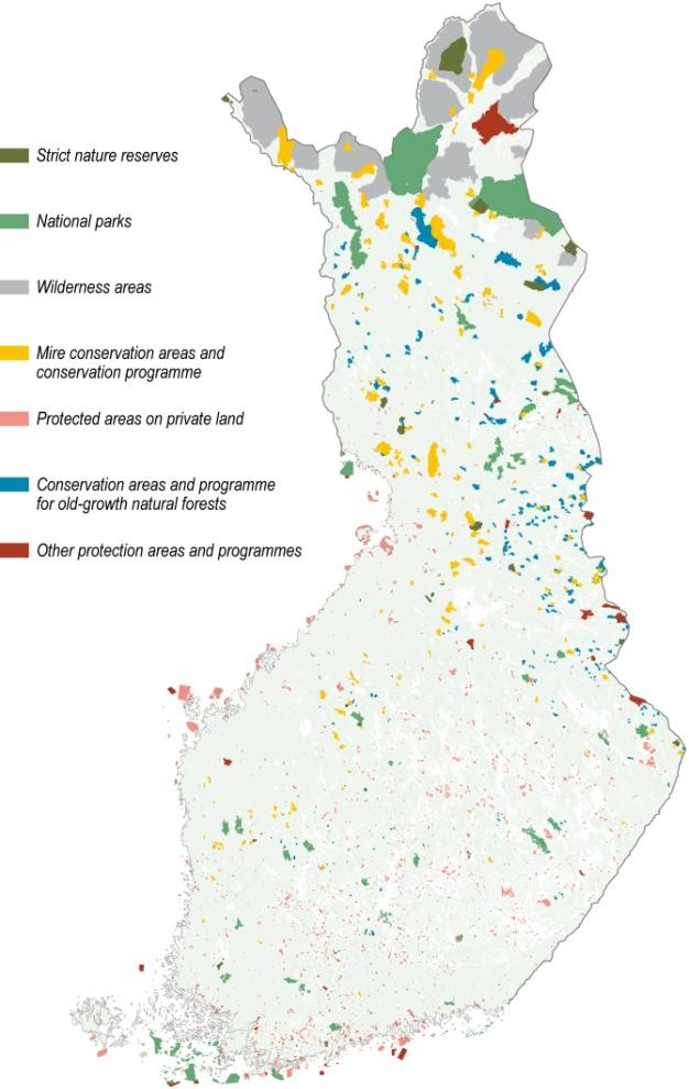 Photo: Metla/Erkki Oksanen Picture 8 (right): Nature conservation areas in Finland. Source: Metla/Finnish Statistical Yearbook of Forestry 2011.