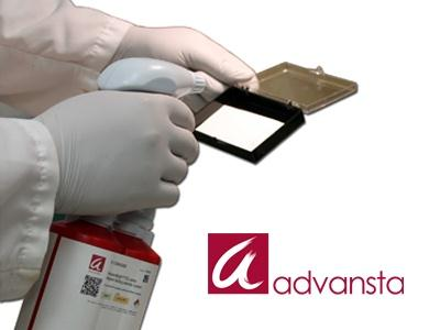Novità Aurogene: Higher sensitivity use less antibody, load less sample, carry out shorter exposures Long-lasting signal never rush to image your blot again Convenience just point, spray, and expose