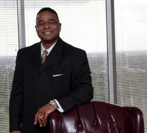 September 2013 2 of 20 ALUMNI HIGHLIGHTS ATTORNEY RICKY ANDERSON : A GREAT REPRESENTATION OF TMSL Houston Attorney Ricky Anderson honored by the Texas Bar Foundation Mr.