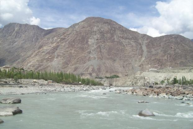 1.2.6. Natural Resources Gilgit-Baltistan is blessed with diverse kinds of resources including precious gems, gold, uranium, copper, molybdenum, mica, forests, glaciers, lakes and rivers. 1.2.6.1.Water Resources Glaciers and seasonal snow deposits are the principal sources of all flowing water in the Gilgit.
