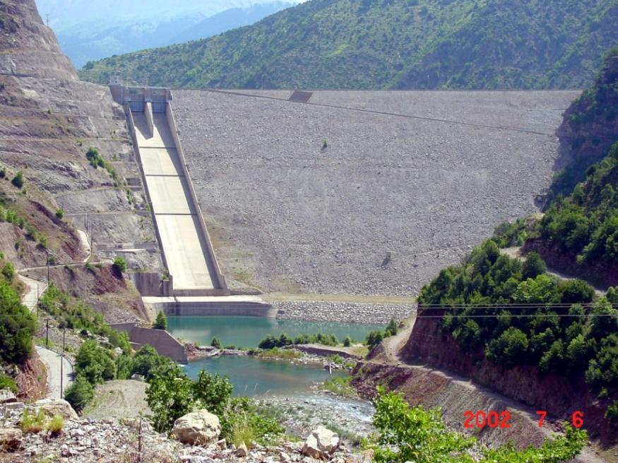 The Messochora HEP Dam Type : Concrete faced rockfill dam (CFRD) Height : 150 m Concrete slab