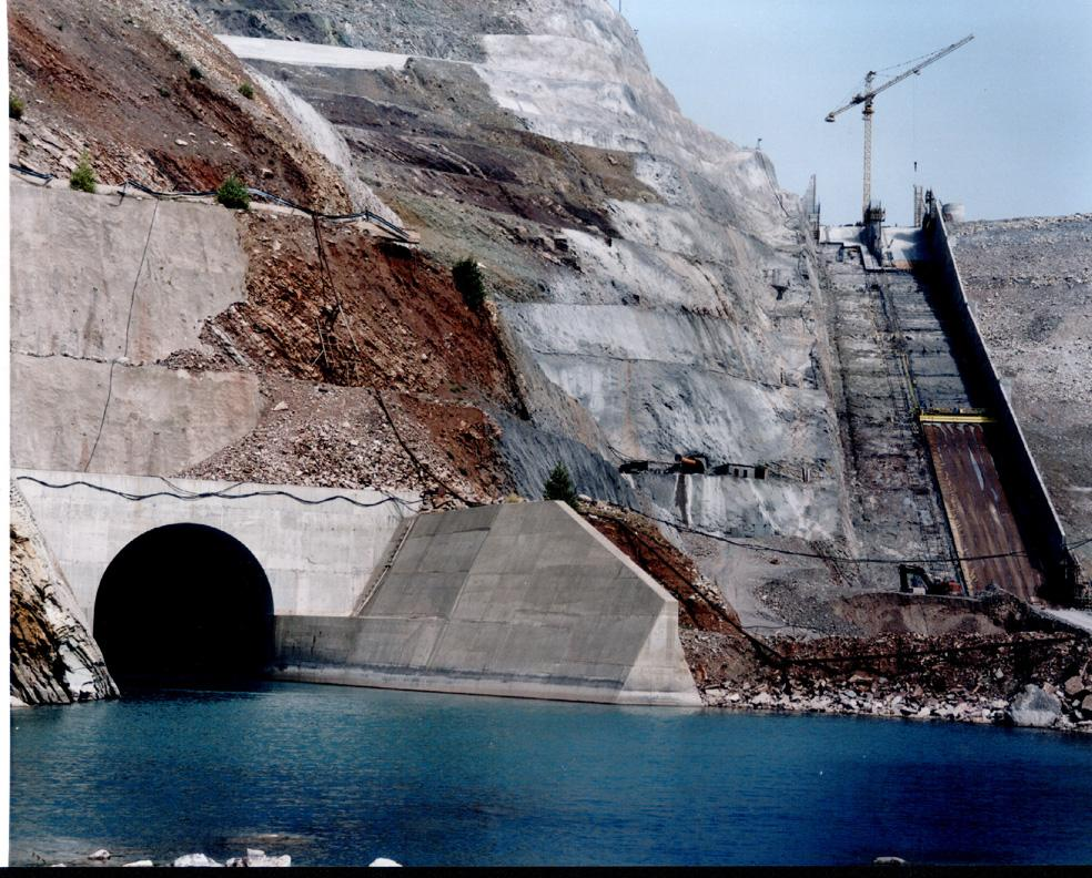 Underground structures in a hydro project: diversion and power tunnels, tailrace