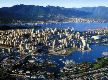 4 About Vancouver Vancouver is located in the southwest corner of British Columbia one of Canada s